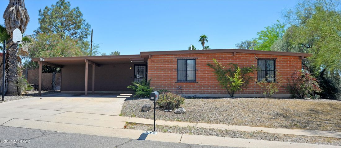 412 N Medford Drive, Tucson, AZ 85710