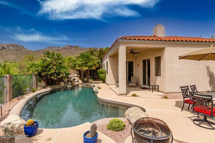 5197 N Sterling Springs Drive, Tucson, AZ 85749