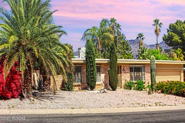 6841 E Rosewood Circle, Tucson, AZ 85710