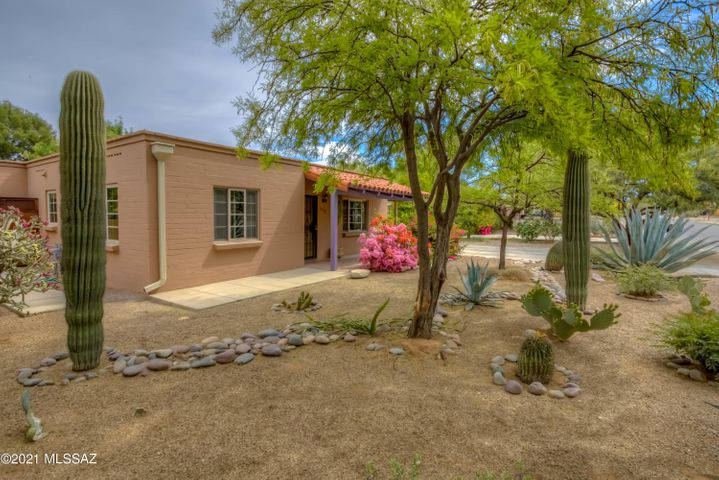 Incredible Blenman Elm home with charm, updates, character - all in a thriving midtown location!
