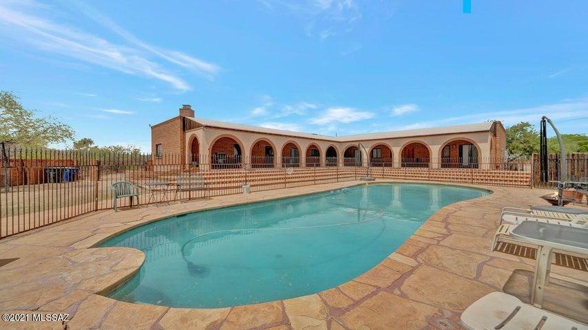 6114 S Fontana Avenue, Tucson, AZ 85706