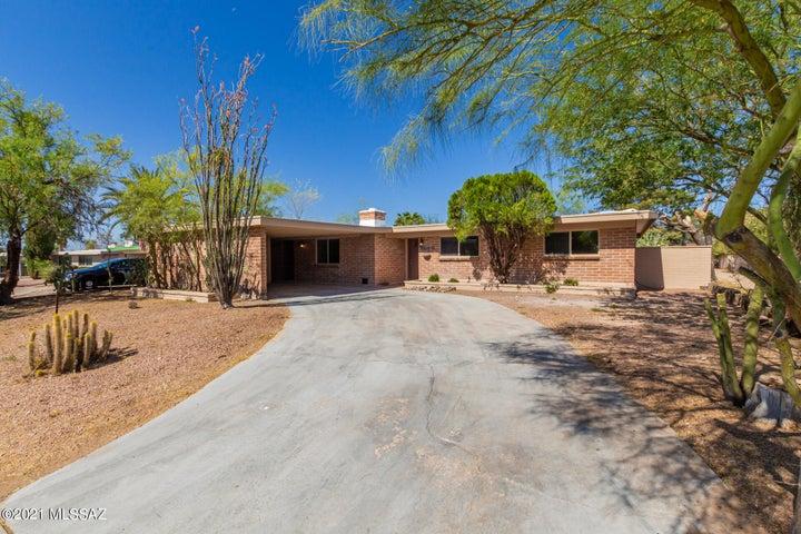 8846 E 35th Circle, Tucson, AZ 85710