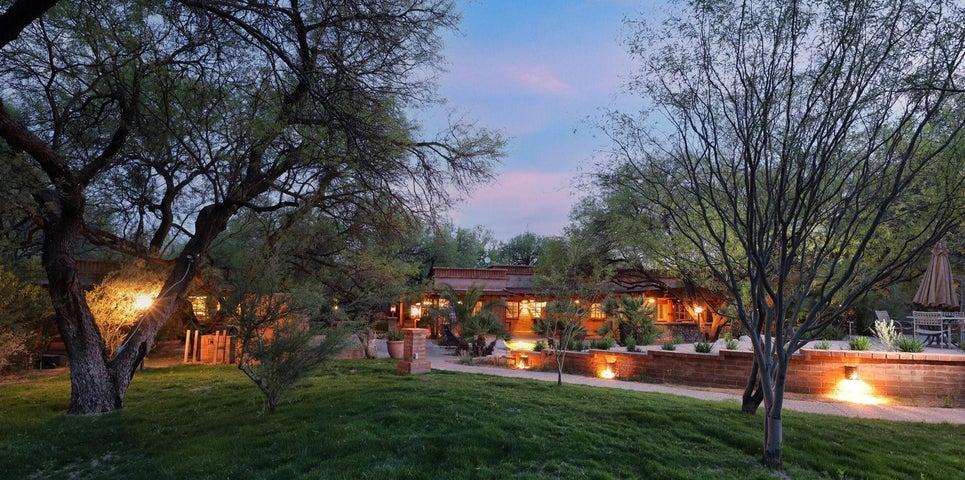 13105 E Placita Las Avenas, Tucson, AZ 85749