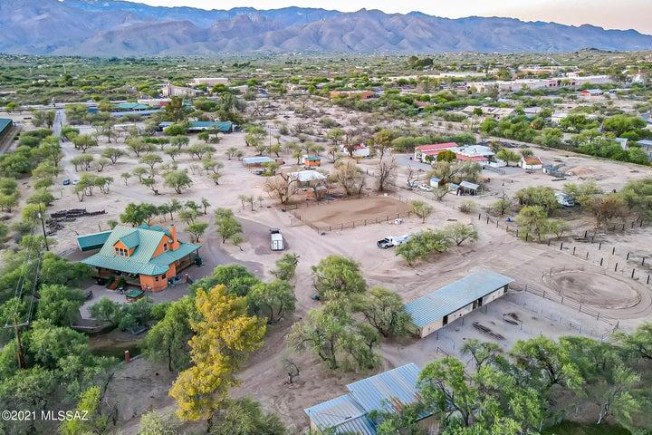 8644 E Tanque Verde Road, Tucson, AZ 85749