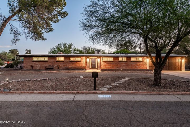 7030 E Potawatami Drive, Tucson, AZ 85715