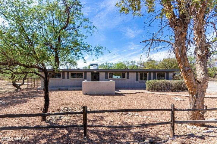 11445 E Sundance Drive, Tucson, AZ 85749