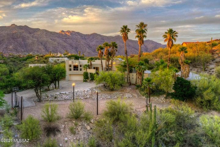 5220 N Swan Road, Tucson, AZ 85718