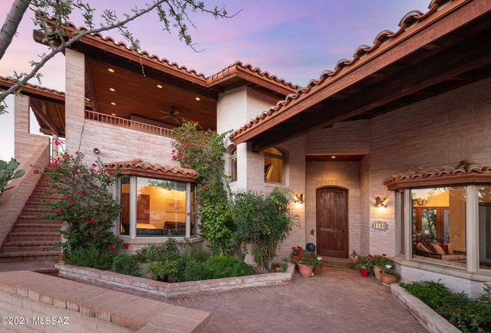 4,921sf, 3BR, 3BA on 5.87acres nestled between Stone Canyon & La Cholla Airpark
