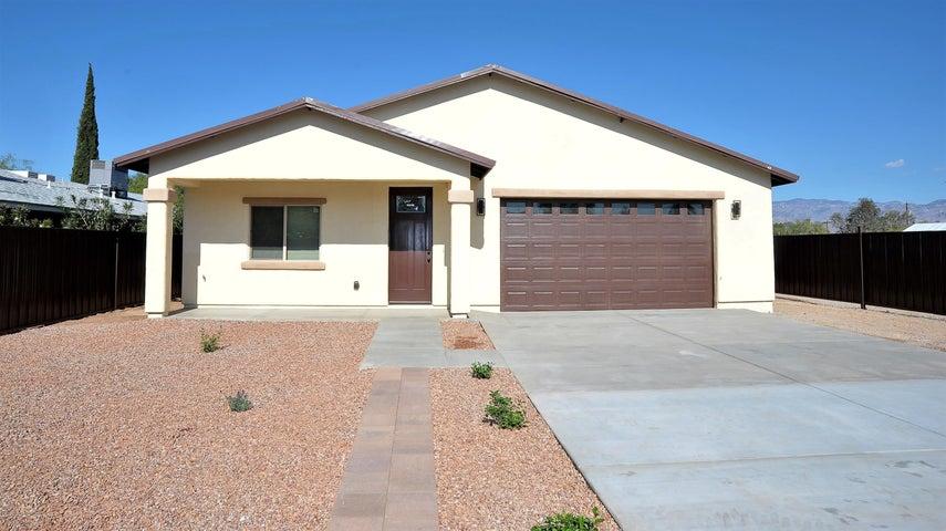 5233 E Bellevue Street, Tucson, AZ 85712