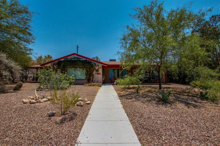 2902 E Calle Glorietta, Tucson, AZ 85716