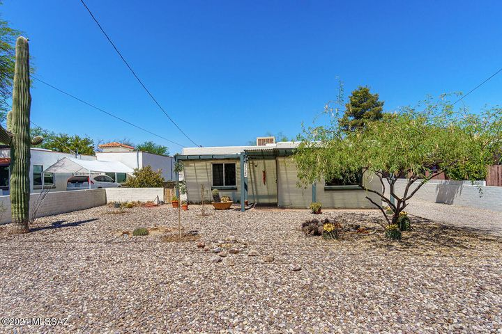 2723 N Richey Boulevard, Tucson, AZ 85716