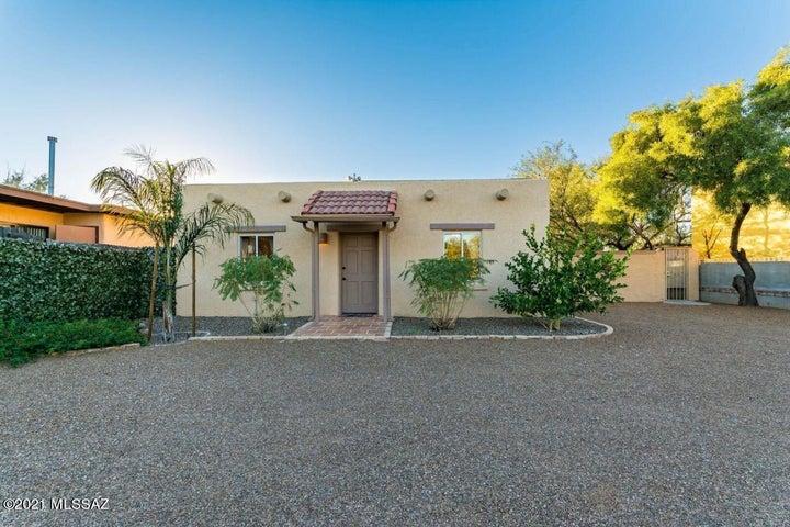 3025 N Olsen Avenue, Tucson, AZ 85719