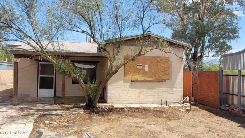 4413 E 4Th Street, Tucson, AZ 85711