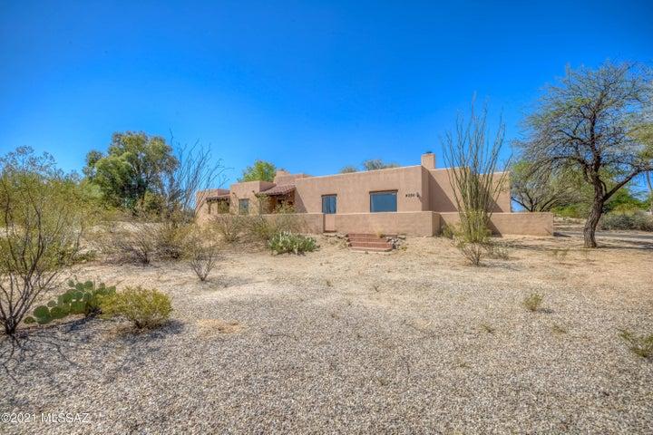 9250 E Charlotte Place, Tucson, AZ 85710