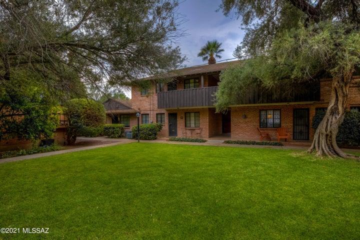 333 S Alvernon Way, 58, Tucson, AZ 85711