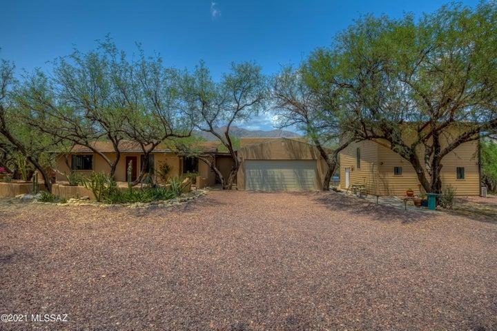 4510 N Homestead Avenue, Tucson, AZ 85749
