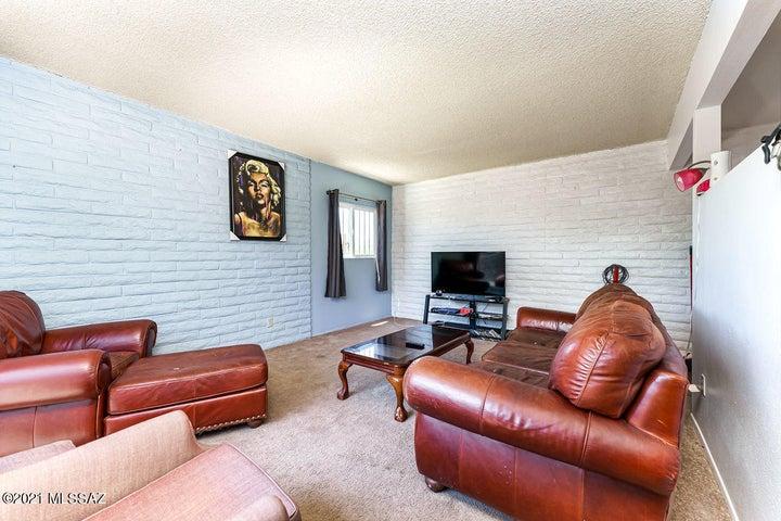 3202 N Cherry Avenue, Tucson, AZ 85719