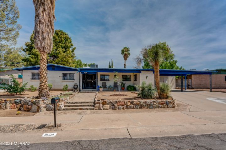 9009 E 29th Street, Tucson, AZ 85710