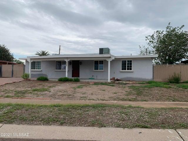 947 S Sherwood Village Drive, Tucson, AZ 85710