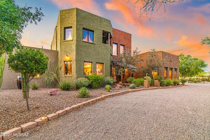 3160 W Lobo Road, Tucson, AZ 85742