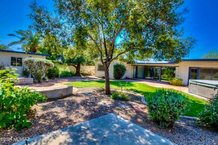 2917 E Manchester Street, Tucson, AZ 85716