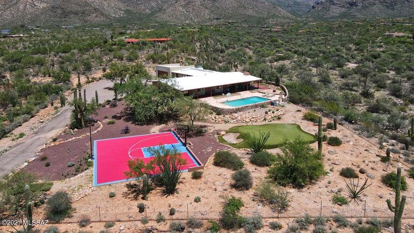 7530 N Christie Drive N, Tucson, AZ 85718