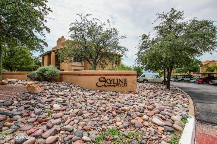 6651 N Campbell Avenue, 222, Tucson, AZ 85718
