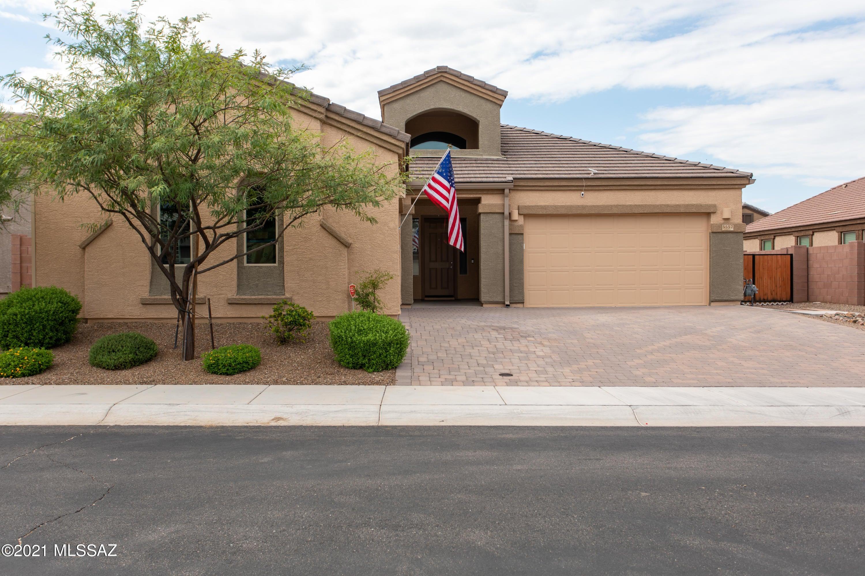 5557 W Jade Rock Place, Tucson, AZ 85742