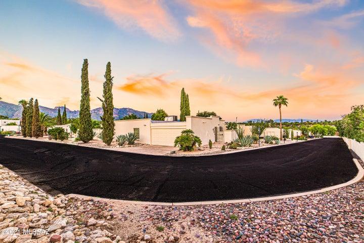 6100 N Oracle Road, 17, Tucson, AZ 85704