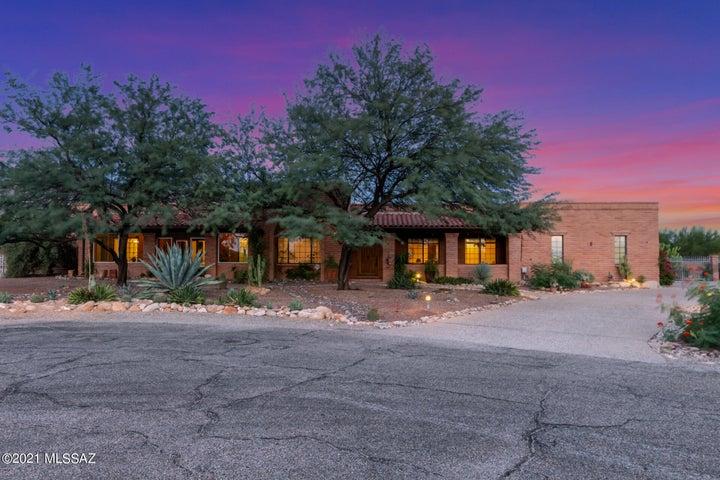6320 N Placita De Rojelio, Tucson, AZ 85718