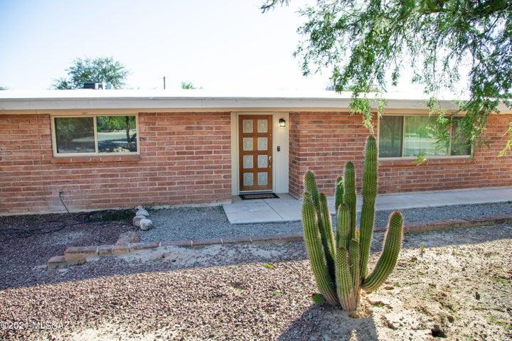 1665 W Hudson Drive, Tucson, AZ 85704
