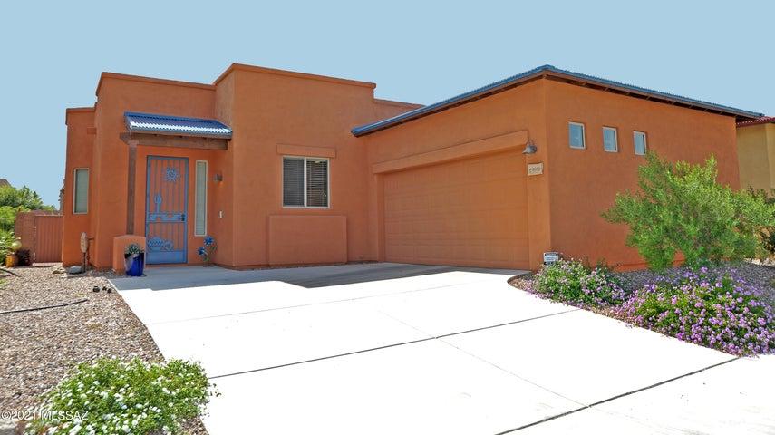 8972 E Wright School Loop, Tucson, AZ 85715