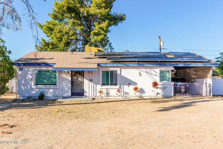 5001 E Eastland Street, Tucson, AZ 85711
