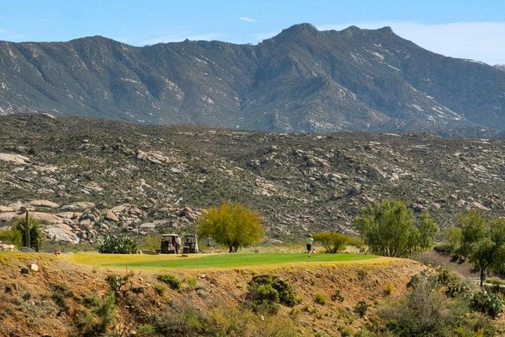 Golf & Mountains