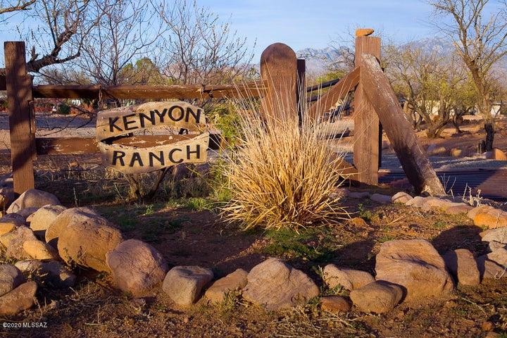 80 Kenyon Ranch Road, Tubac, AZ 85646