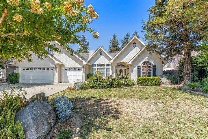 624 Rolling Hills Street, Exeter, CA 93221