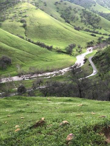 0 Dry Creek Drive, Woodlake, CA 93286