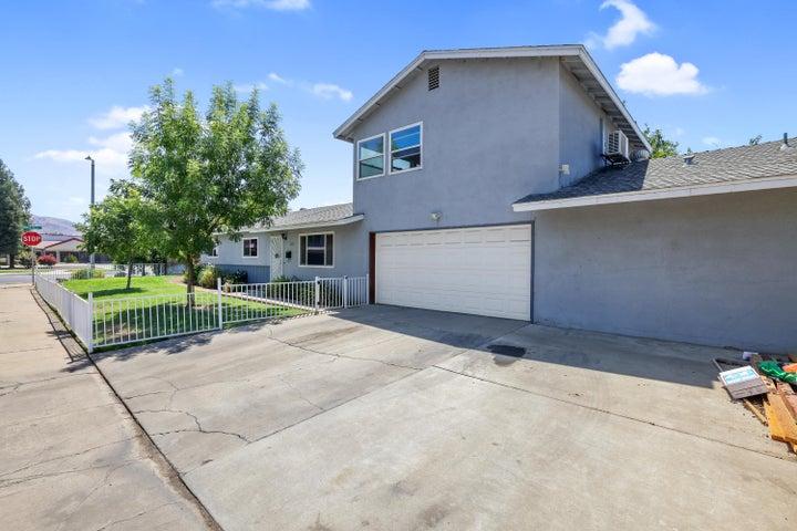 307 Orangewood Drive, Woodlake, CA 93286