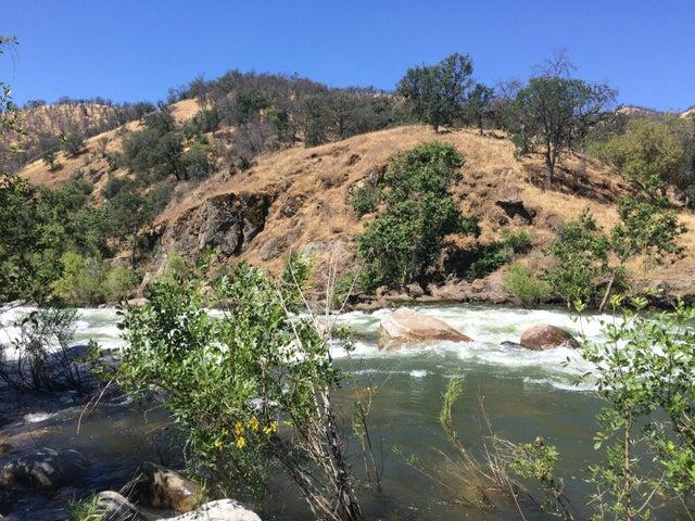Sierra Dr, Three Rivers, CA 93271