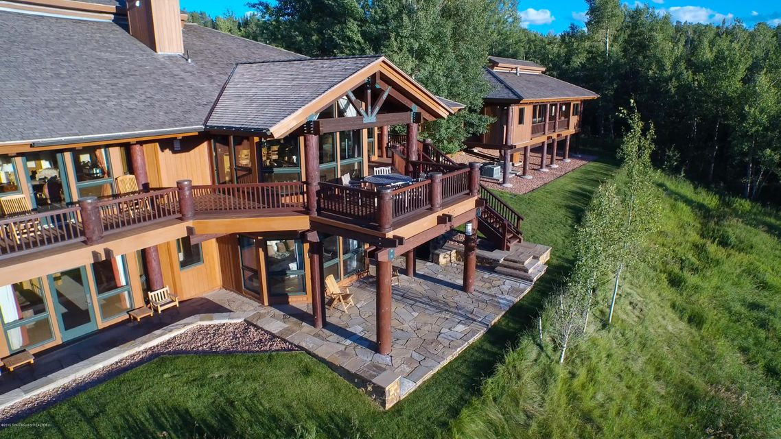15 745 2700 trader rd jackson wy for Wyoming home builders