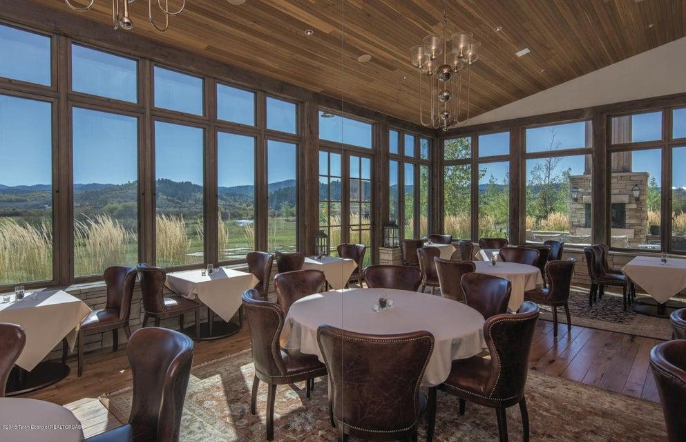 Vista Porch - Day Lodge