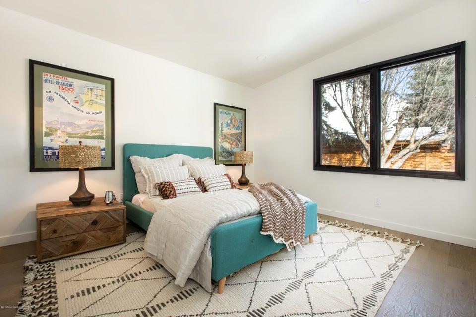 9 Guest Bedroom 1
