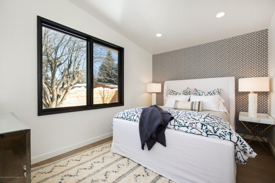 11 Guest Bedroom 2