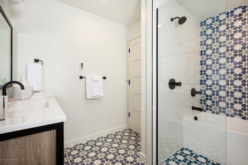 12 Guest Bath