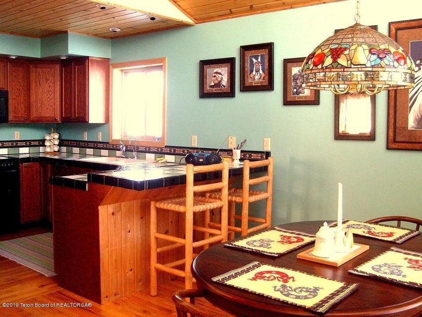 Guest House Kitchen, Dining