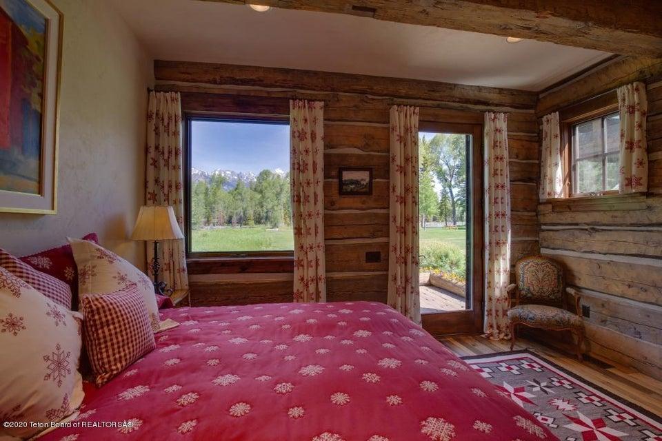 B6LYYR Kimball 12 - Main Level Bedroom 2