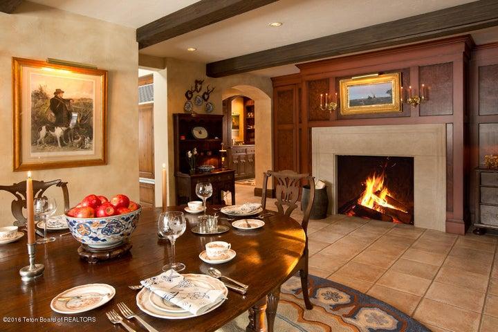 10 Keeping Room Fireplace