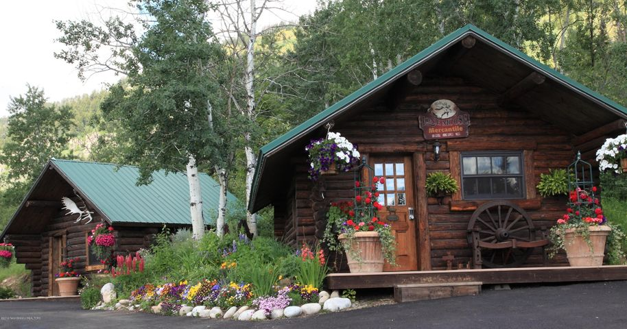Upper Ranch Cabins