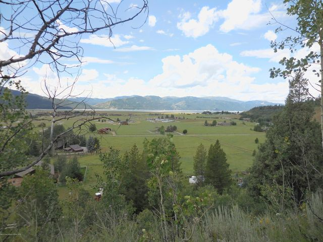 L27 LOOP DR., Alpine, WY 83128