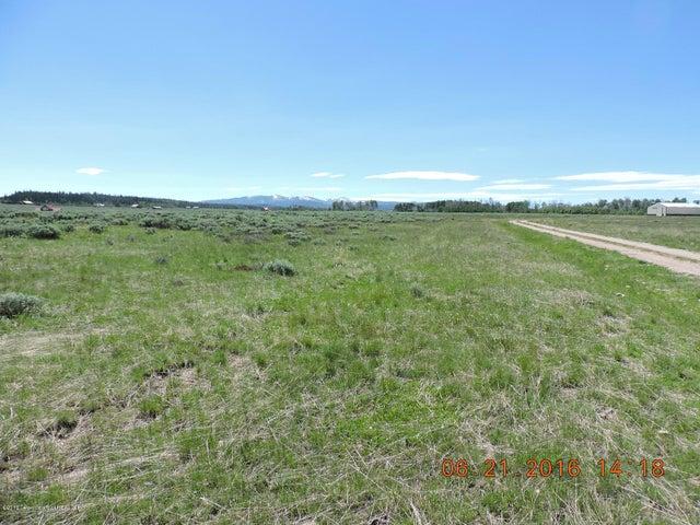 Beautiful 35 Acre lot in the Aspen Ridge Subdivision / Merna